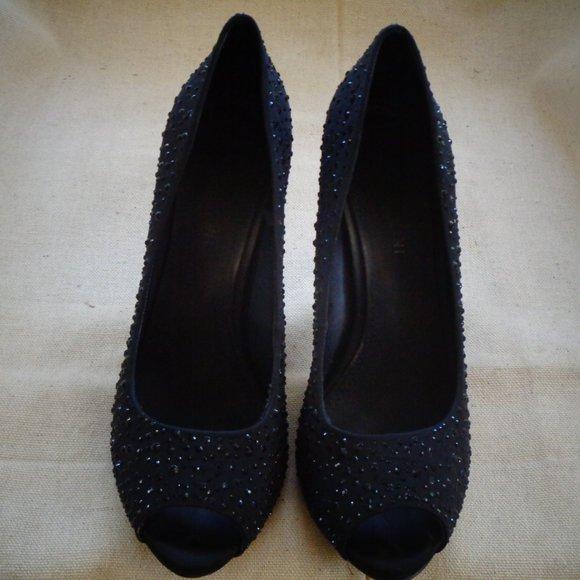 Gianni Bini Black High Heel Dress Shoes